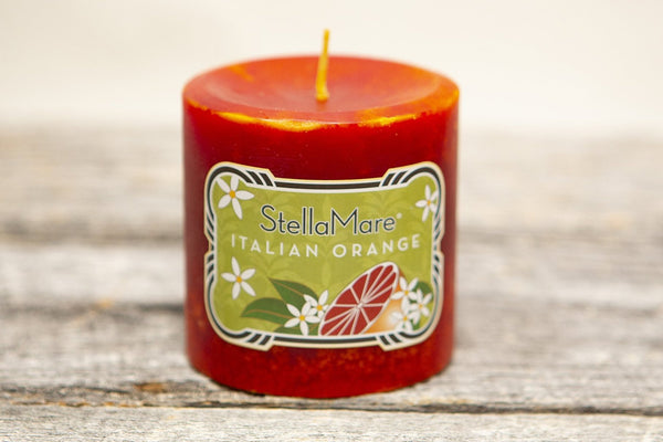 In this delectable Stella Mare blend, juicy and spicy Italian Orange is offset with subtle Strawberry and Raspberry notes. Grounded in fleshy Mandarin and Italian Sweet Orange, this inspired fragrance will keep you grounded during a summer day and during the winter months is an orange connoisseur's dream