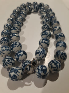 Hong Kong Ceramic Beads With Lobster Clasp