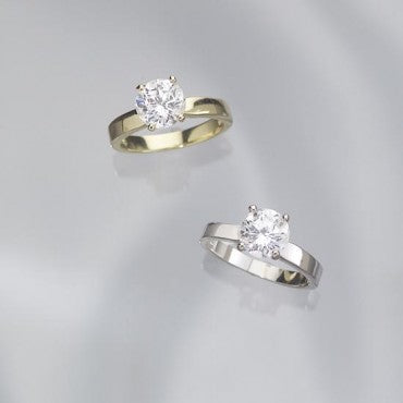 The DiamondExcel Ladies' Solitaire Ring