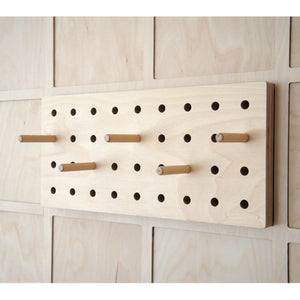 DASH 8"