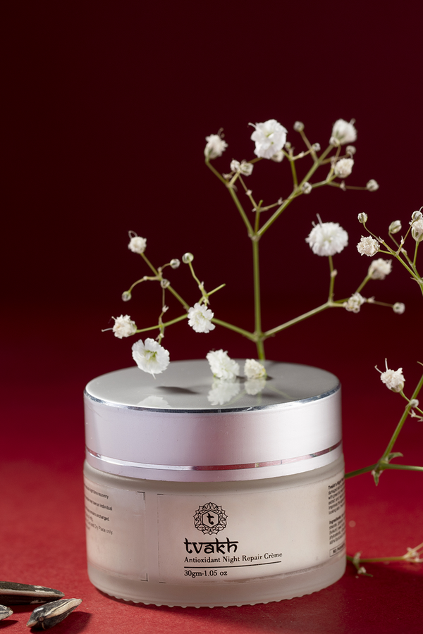 Antioxidant Rich Night Repair Creme → Vitamin C + Grapeseed