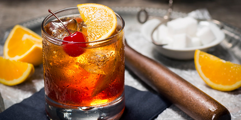 10 Iconic Prohibition-Era Cocktails: Drink Like It's the 1920s!