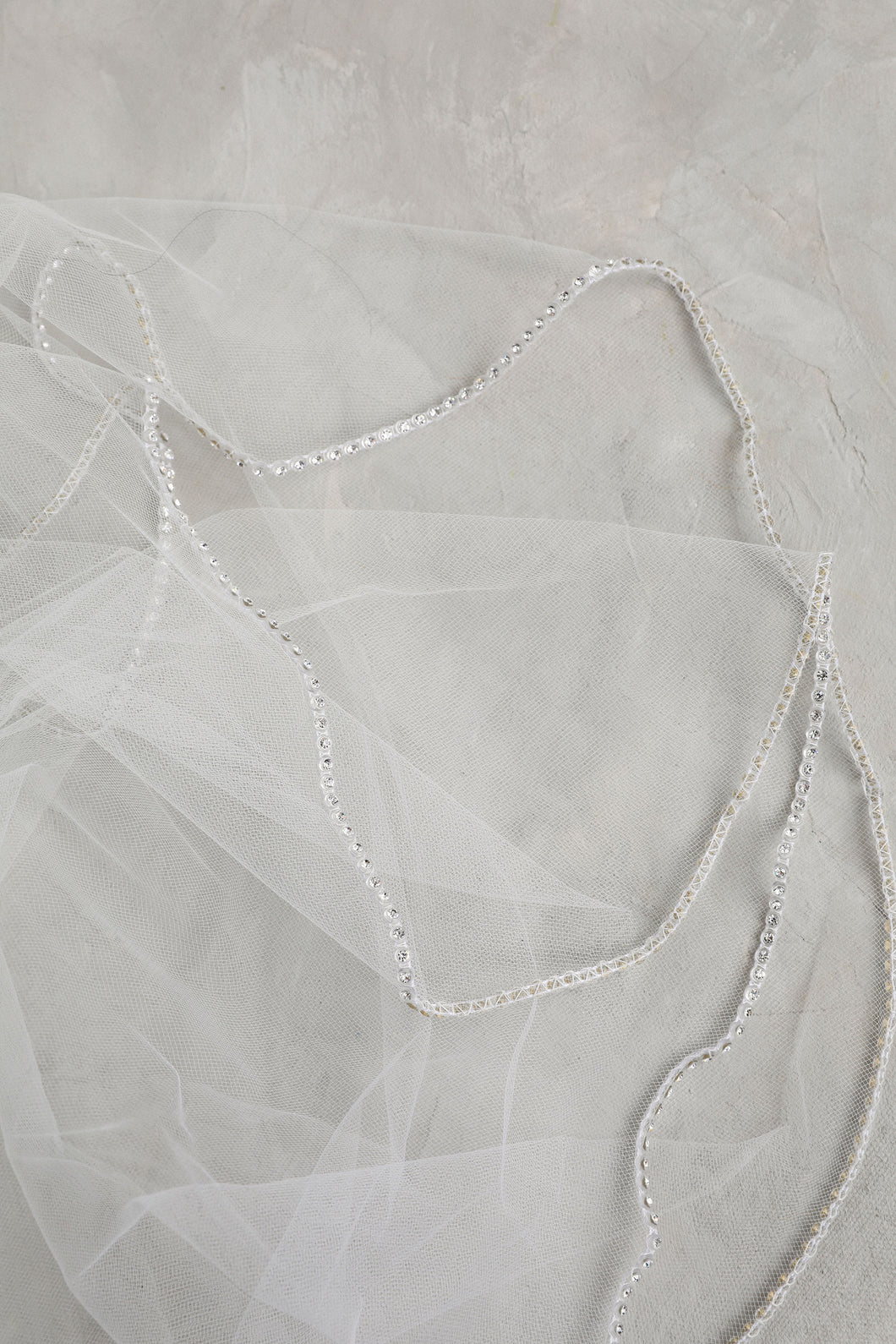 Cathedral One Tier Ivory Rhinestone Edge Veil