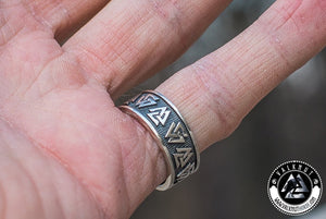 Valknut Ring. Unique Viking Ring from VALKNUT viking & Norse Fashion.
