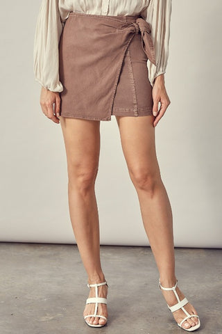 TIE-FRONT MOCHA DENIM SKIRT