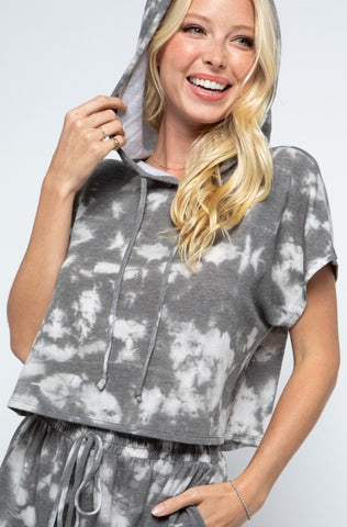 IN THE CLOUDS TIE-DYE LOUNGE SET TOP