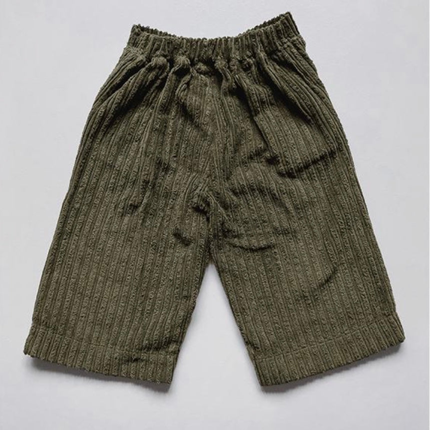 The vintage Corduroy Utility Trouser in Olive