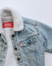 Load image into Gallery viewer, Vintage Levi's Jacket (4397638549622)