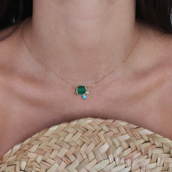 falak mini malachite necklace