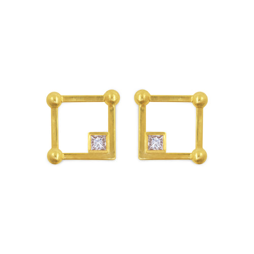 1441 H. Square Beaded Diamond Earrings