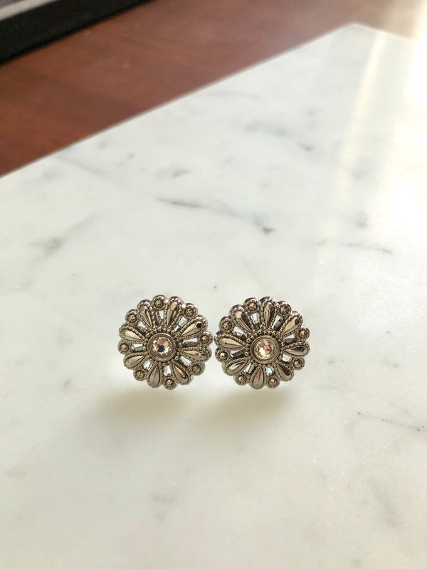 Daisy Modern Vintage Stud Earrings
