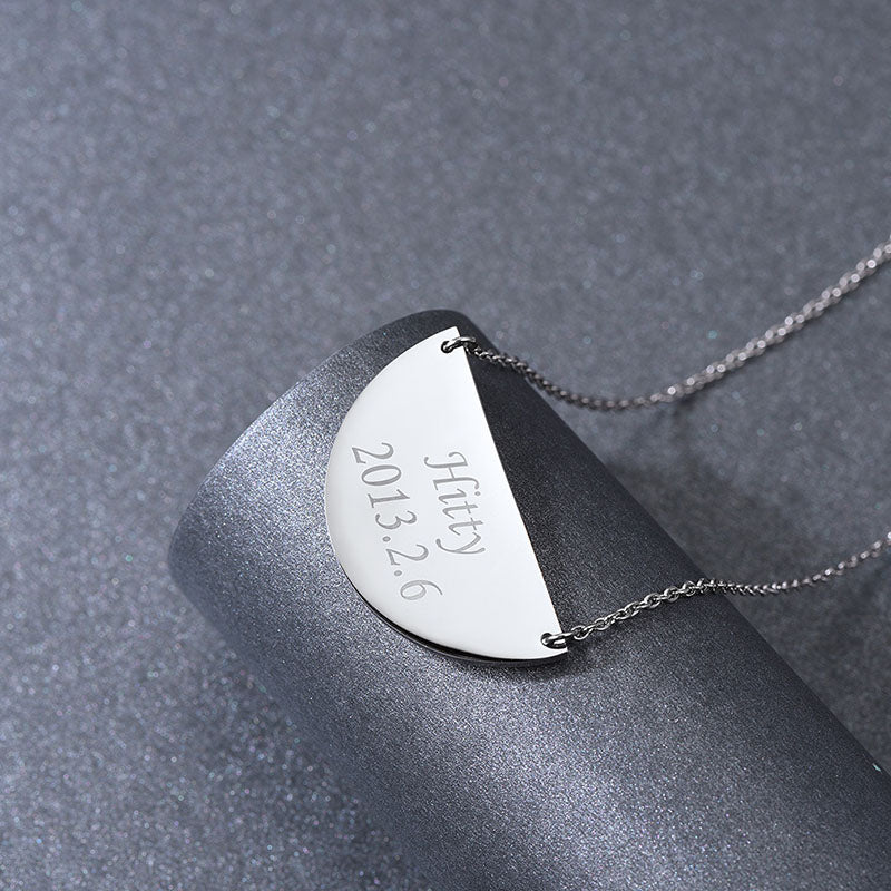316L Stainless Steel Custom Half Moon Engraved Children Name Necklace