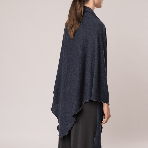 Pointed Shawl - Mirage Knit - Code Vitesse