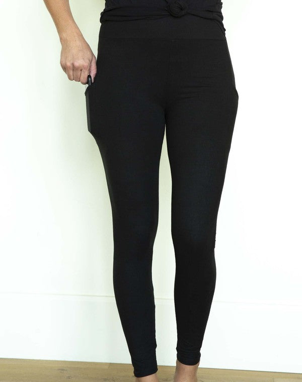 Pocketed Perfect Leggings in Black