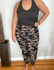Perfect Leggings in Camo