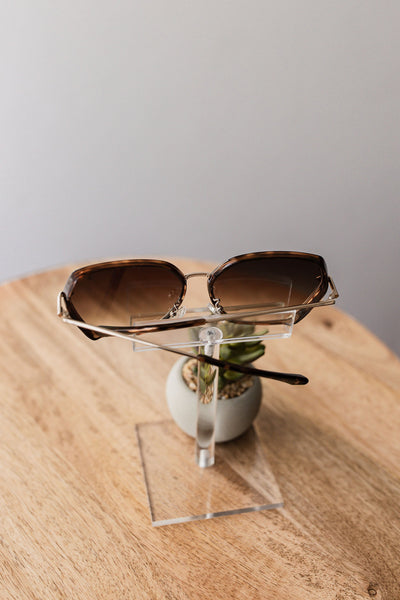 American Bonfire Vibes Sunglasses in Tortoise