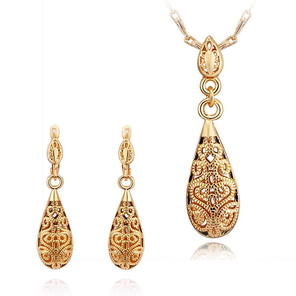 18K Gold Plated Patterned Teardrop Pendant Necklace and Earrings Set