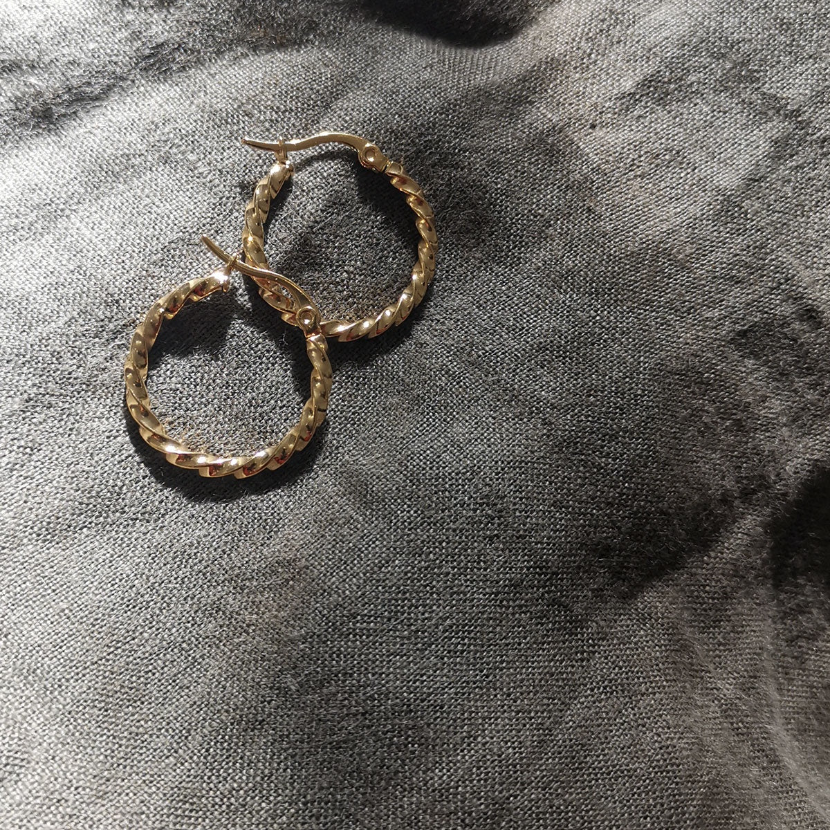 Twisted Hoop Earrings - Gold