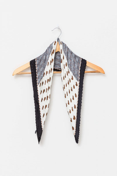 Pleated Scarf - Choco Hearts