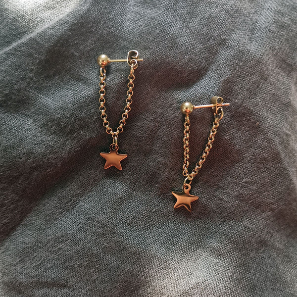 Chain Drop Star Earrings - Gold