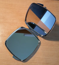 Load image into Gallery viewer, Dog 137 Westie Compact Mirror