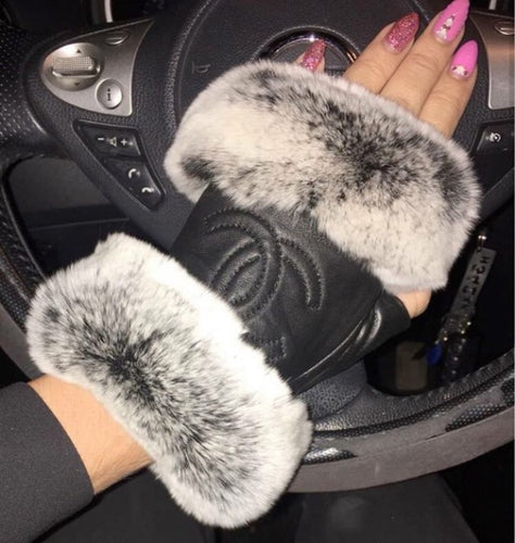 Coco Furry Gloves