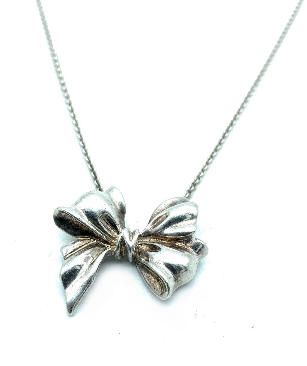 Vintage! Tiffany & Co. Sterling Silver Large Bow Pendant Necklace
