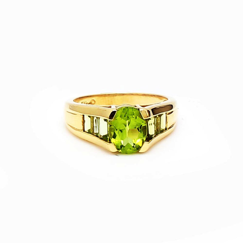 14K Yellow Gold 3.00ctw Peridot Ring - Sz. 7