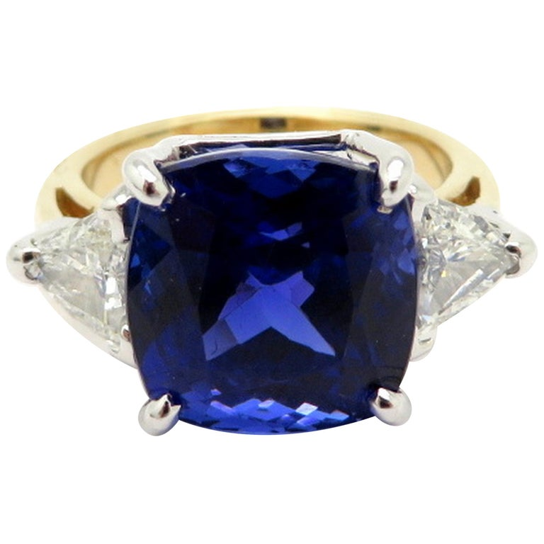 14 Karat White and Yellow Gold Tanzanite & Trillion Diamond Fashion Ring, Size 5.75