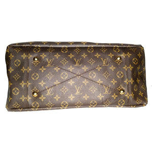 Louis Vuitton 2010 Monogram Canvas Artsy Hobo
