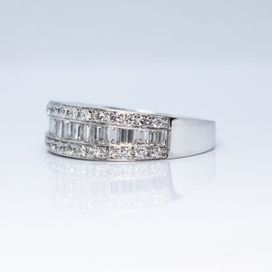 18K White Gold 0.87ctw Channel Set Tapered Baguette Diamond Wedding Band - Sz. 6¾