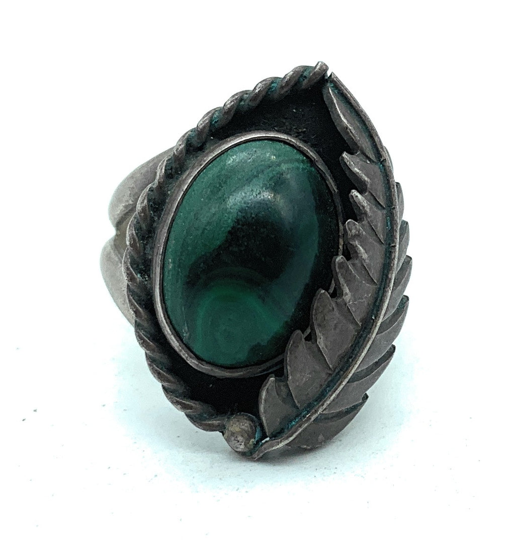 Vintage 1960's Navajo Split Shank Sterling Silver & Malachite Ring