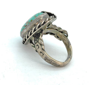 Vintage 1960's Navajo Split Shank Sterling Silver & Turquoise Ring - Sz. 6.5