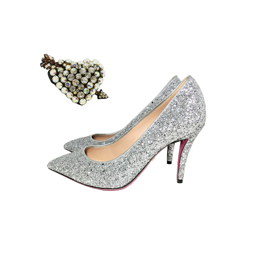 Gucci Virginia Glitter Pumps with Crystal Hearts Argento Sz 36