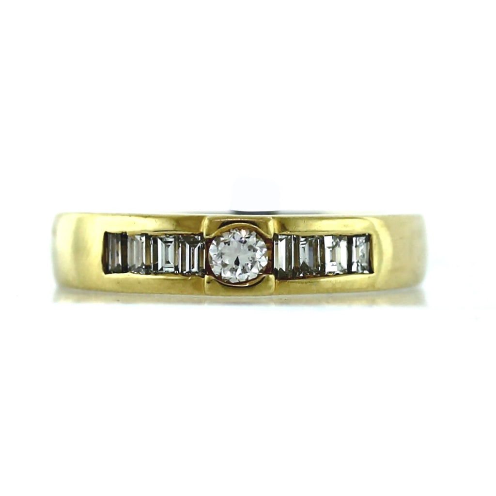 Women's 14K Gold 0.35ctw Diamond Ring - Sz. 5.75