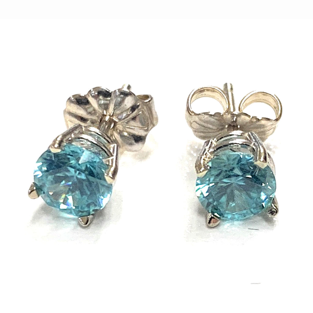 Vintage 0.60ctw Blue Zircon Stud earrings in 14K White Gold