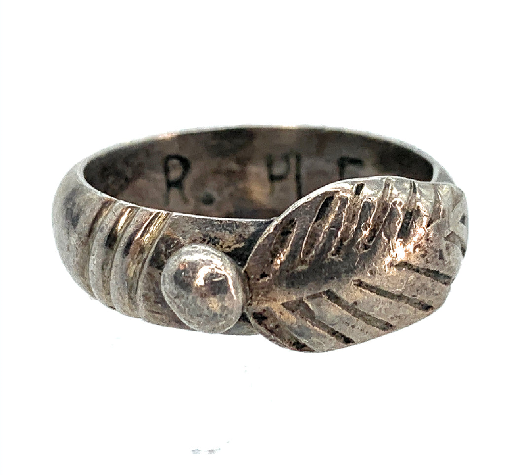 Vintage Old Pawn 1970's Sterling Silver Feather Motif Ring - Sz. 7.75