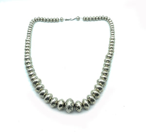 Vintage 1970's Sterling Silver Navajo Pearl Graduate Bench Bead Necklace