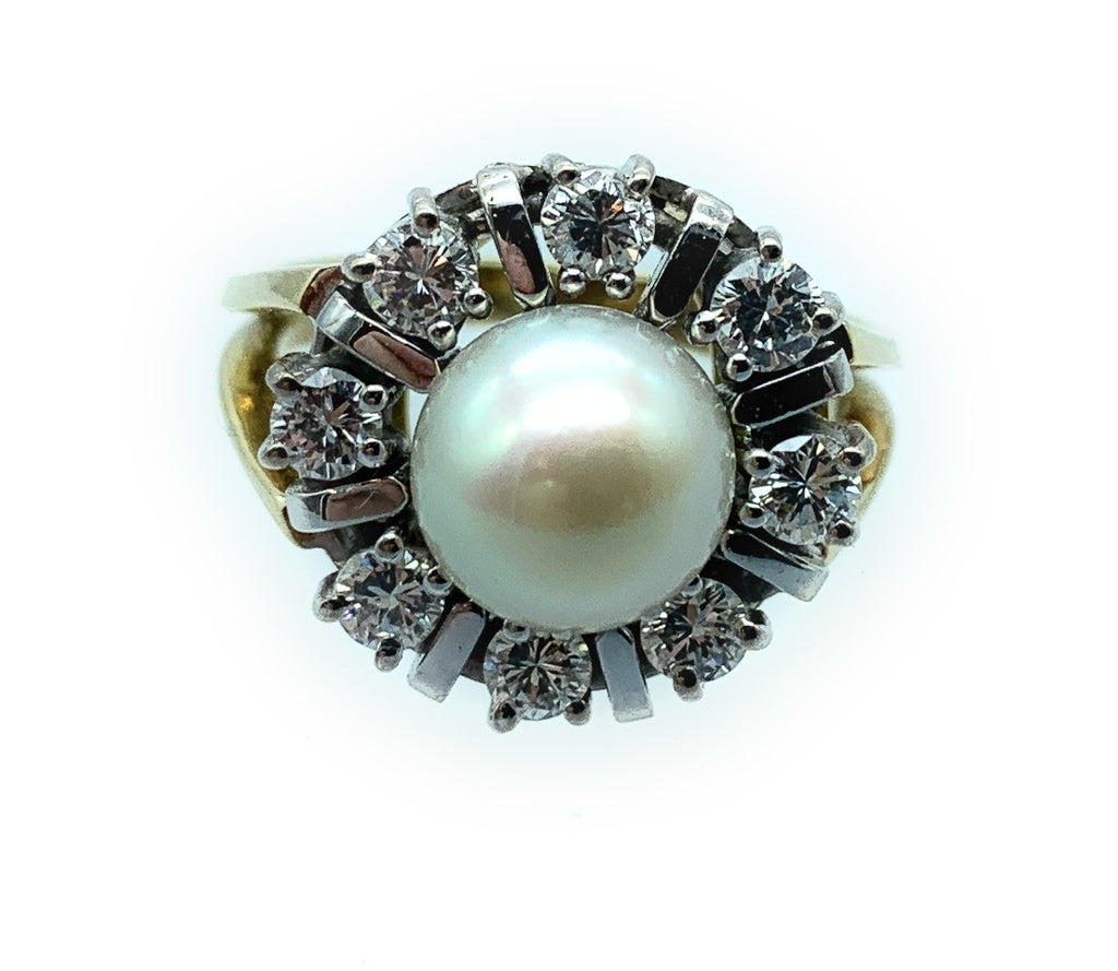 Vintage 1960's 14K Yellow Gold Cultured Pearl & 0.75ctw Diamond Halo Ring