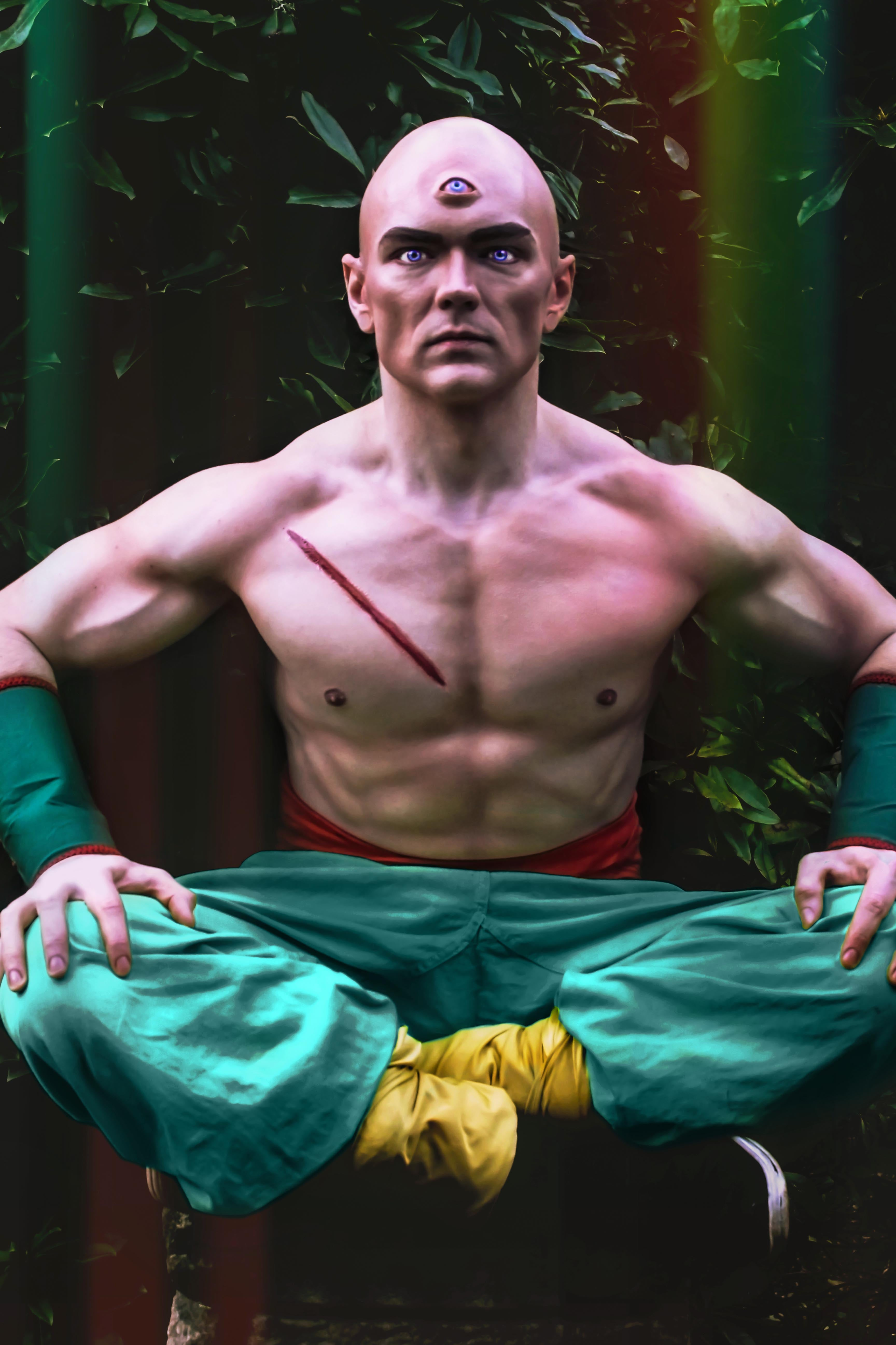 Tien cosplay from Dragon Ball Z with prosthetic eye