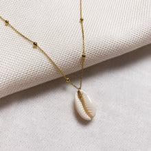 Load image into Gallery viewer, Shell Necklace