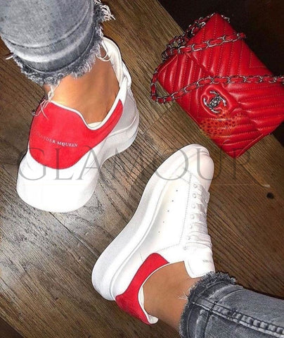 Baskets A.mcq En Cuir Bande Rouge