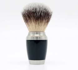 Synthetic Silver Tip Brush With Metal Handle