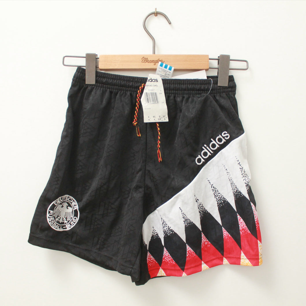 90s ADIDAS GERMAN TEAM SHORT 34/36