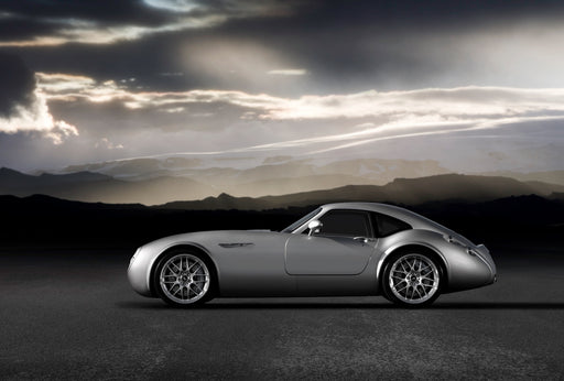 2005 -Wiesmann unveils the GT MF4. It is the marque's first coupe bodystyle.