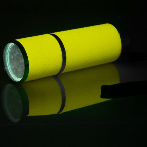 9 LED Glow in the Dark Flashlight