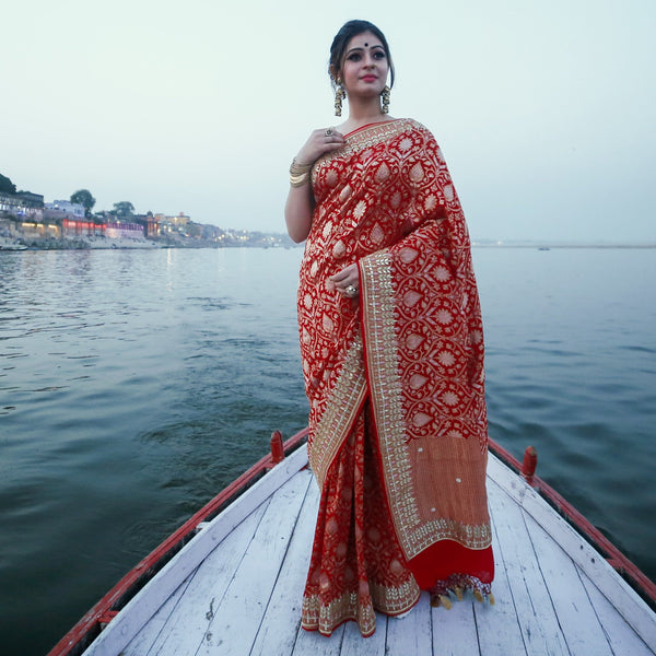 Spectacular wedding with Khinkhwab Banarasi saree or lehengas