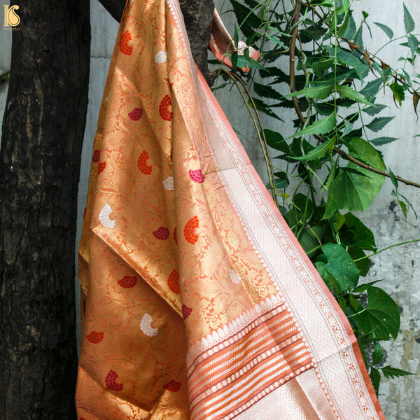 Hot Pink Banarsi Saree with Jhumka motif & Contrast Border - khinkhwab