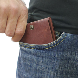 Kamino slim bifold wallet fits in every front pocket