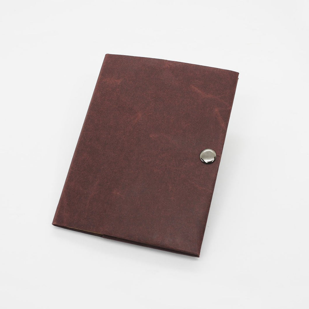 Kamino notebook cover pocket is a slim, minimalist, eco-friendly notebook cover for Field Notes, Moleskine Cahier Pocket, and Other Pocket Notebooks.